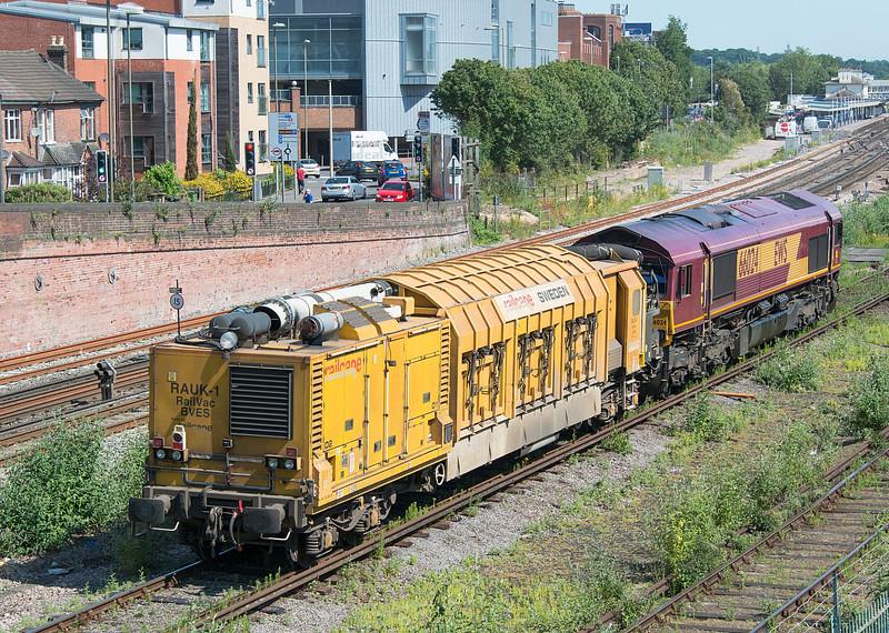 66024 Eastleigh 3 July 2015
