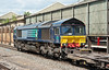 66426 passes north through Crewe station with an intermodal service from Daventry on 1 June 2012