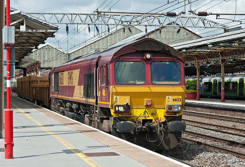 66133 brings two wagons through Crewe station on 1 June 2012