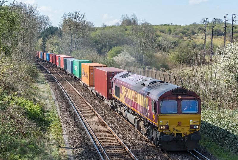 66129 Southampton Western Docks to Birch Coppice, St. Cross, Winchester 16 April 2021