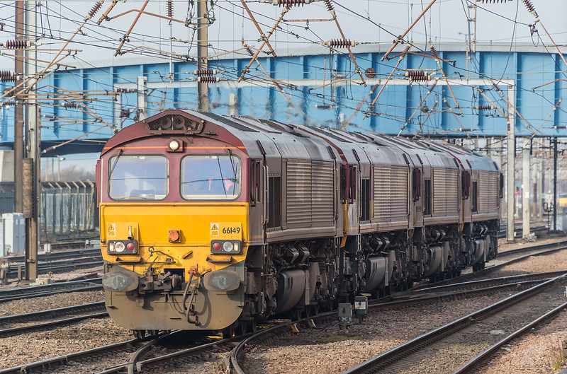 66149 + 66221 + 66079 + 66161 Doncaster 7 February 2015
