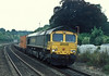 66579 rounds the curve through Pangbourne on 3 August 2006 with 4O54, the Leeds to Southampton