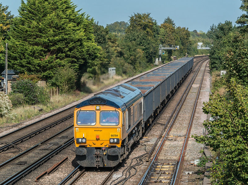 66704 with 4Y19 Mountfield to Southampton W Docks<br /> Worting Junction 17 September 2020