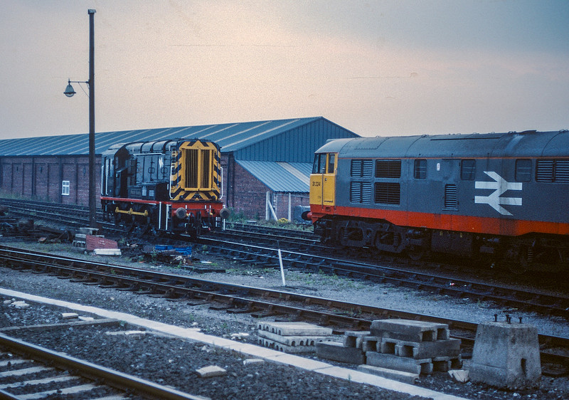 08867 + 31224 Thornaby 19 August 1987