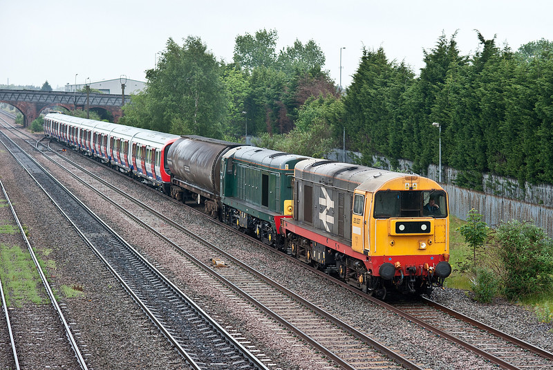 20227 and 20189 head a movement of London Underground rolling stock from Old Dalby to London (with 20901 and 20905 at the rear) at Burton on Trent on 2 June 2012