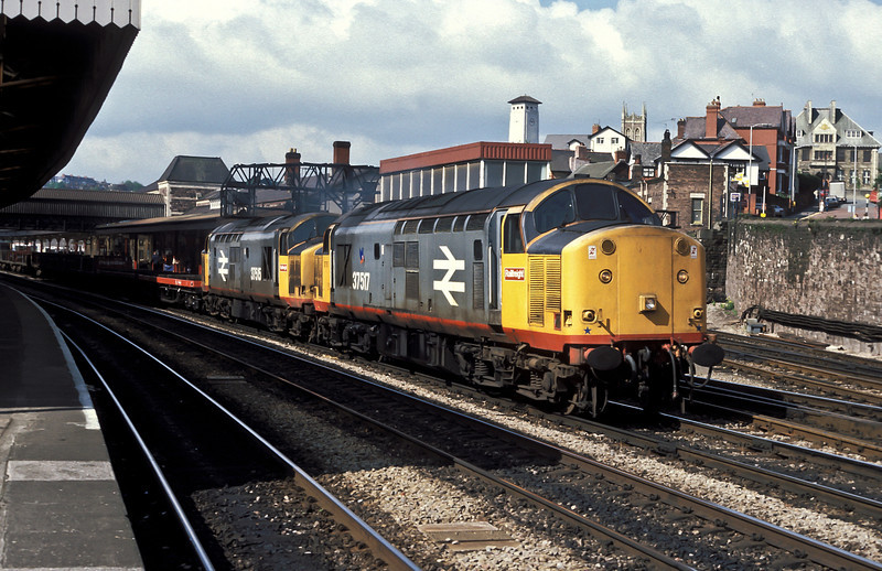 For a short period in the late 'eighties the daily Teeside to South Wales train of steel was worked by a pair of Thornaby's rebuilt Class 37 locos - 37517 and 37515 take the return working through Newport on 5 May 1988