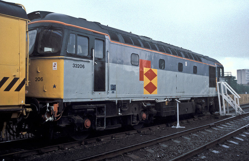 33206 is seen at Woking in Railfreight livery during an Open Day in the down yard in 1988