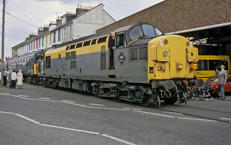 37038 Weymouth 25 March 1993
