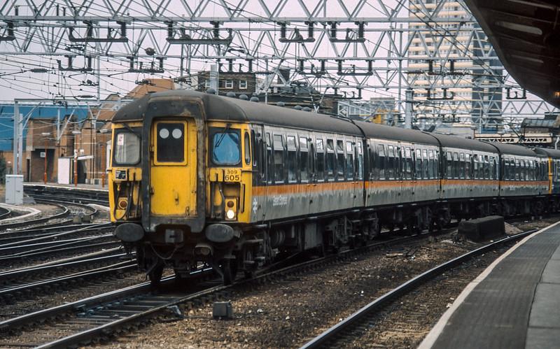 309605 Stratford 4 August 1986
