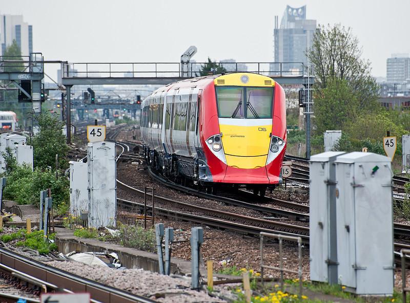 460006 Clapham Junction 28 April 2010
