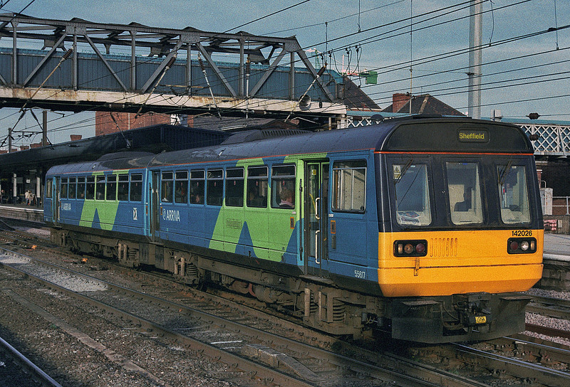 142026 leaves Doncaster with a local service for Sheffield on 28 November 2003