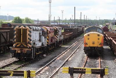 08 460 at Warrington Arpley on 5th May 2005 (2)
