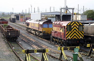 08 567 at Warrington Arpley on 27th October 2004