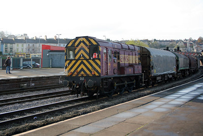 09 015 at Newport on 26th November 2005, 8E01 0930 Newport Docks-Llanwern