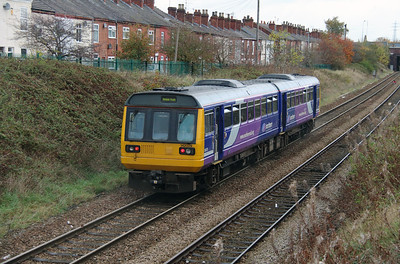 142 029 at Northwich West Junction on 24th October 2014 (4)