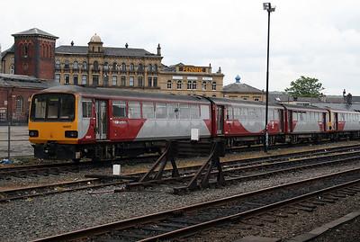 144 017 at Huddersfield  on 13th May 2007