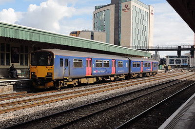 3) 150 104 at Cardiff Central on 15th September 2017