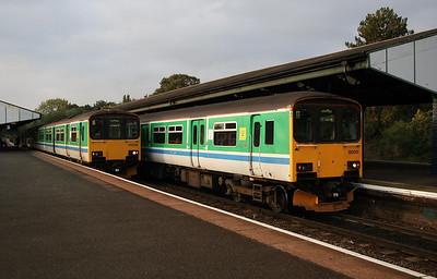 150 002 & 150 001 at Stourbridge Junction on 17th October 2005 (2)
