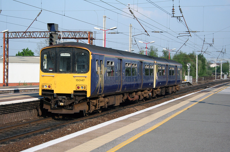 150 147 at Wigan North Western on 10th May 2006