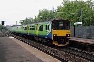 1) 150 013 at Jewellery Quarter on 7th May 2011 working 2S54 1455 Stourbridge Junction to Stratford Upon Avon