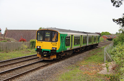 150 107 at Great Malvern on 8th May 2015 working 1M66 (2)