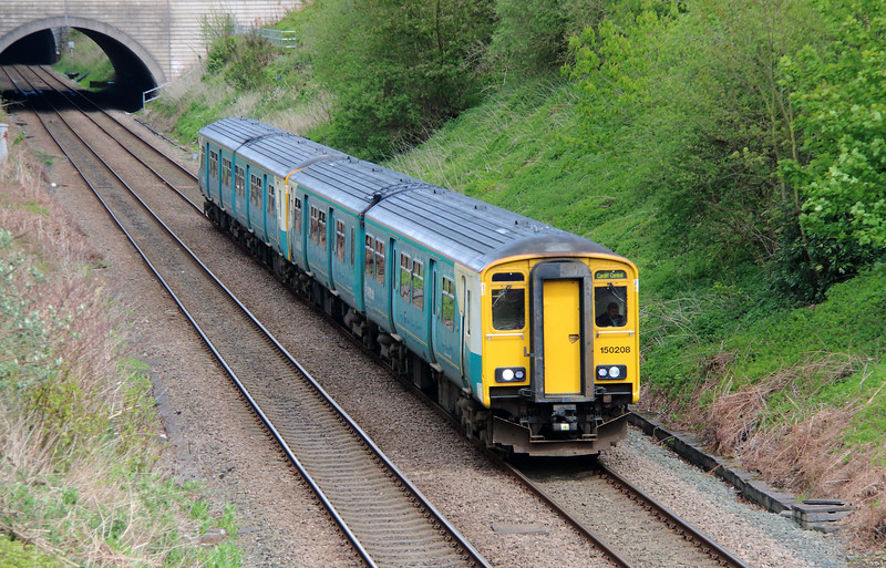 150 208 at Halton (Runcorn) on 3rd May 2015 working 1V14 1256 Manchester Piccadilly to Cardiff Central (2)
