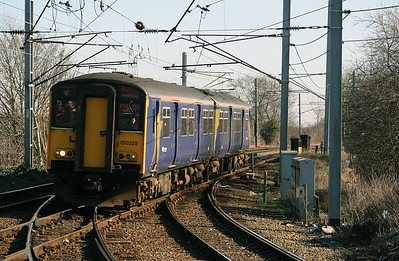 150 225 at Earlestown on 2nd March 2007