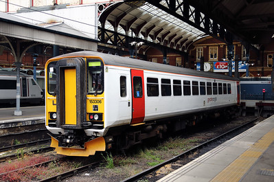 153 306 at Norwich on 8th June 2017