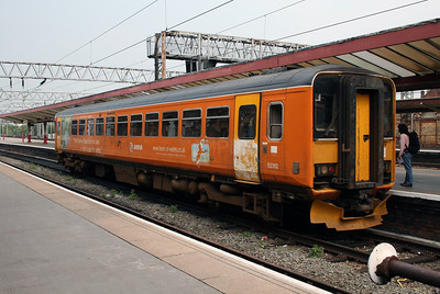 153 312 at Crewe on 27th April 2007
