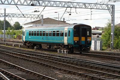 153 301 at Carlisle on 30th May 2006