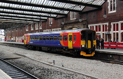 153 302 at Stoke on Trent on 10th November 2010