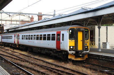 153 306 at Norwich on 9th August 2016