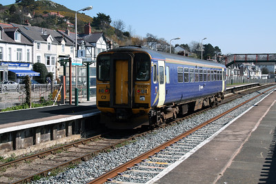 153 310 at Deganwy on 7th April 2007 (2)