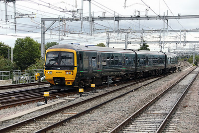 165 103 at Reading on 4th September 2017