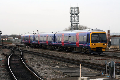 165 113 at Reading on 29th January 2008 (1)