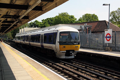 165 014 at Chalfont & Latimer on 22nd May 2012 working 2B34 1327 London Marylebone to Aylesbury