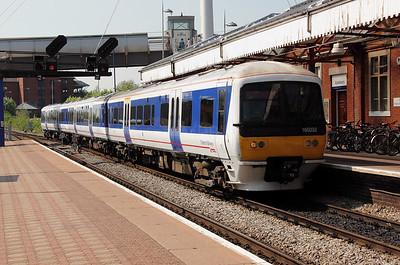 165 032 at Aylesbury on 22nd May 2012 working 2C47 1530 Aylesbury Vale Parkway to London Marylebone