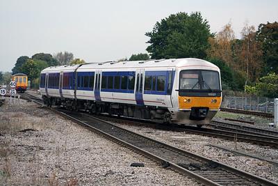 165 021 at Princes Risborough on 18th October 2005 (1)