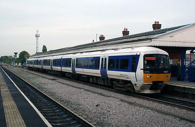 165 035 at Princes Risborough on 18th October 2005