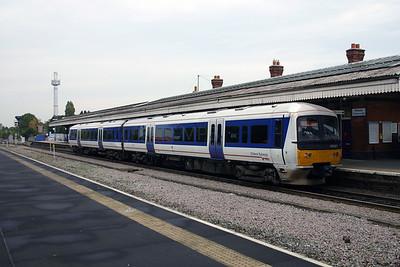165 021 at Princes Risborough on 18th October 2005 (2)