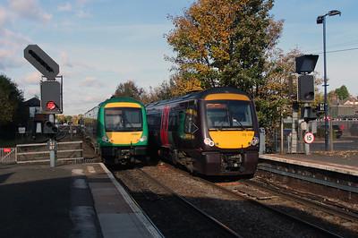 170502 & 170105 at Stourbridge Junction on 2nd November 2016