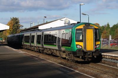 172 217 at Stourbridge Junction on 2nd November 2016