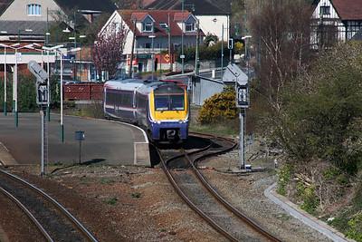 175 001 at Llandudno Junction on 7th April 2007 (1)