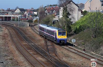 175 001 at Llandudno Junction on 7th April 2007 (2)