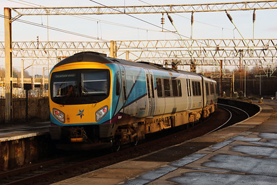 185149 at Edge Hill on 23rd December 2017