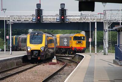220 019 at Derby on 2nd September 2014 (1)