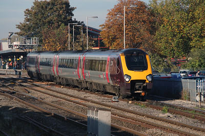 220 002 at Oxford on 31st October 2016