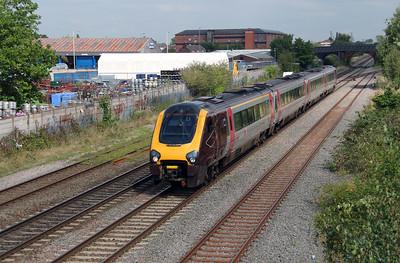 220 002 at Burton on Trent on 2nd September 2014