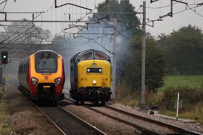 221 1xx & 55 022 at Acton Bridge on 3rd October 2007