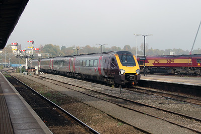 221 121 at Worcester Shrub Hill on 31st October 2016